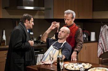 Giacomo, Govanni e Aldo in una scena de La banda dei Babbi Natale