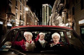 Il trio Aldo, Govanni e Giacomo ne La banda dei Babbi Natale