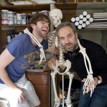 John Krasinski e Sam Mendes si divertono sul set del film Away We Go