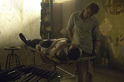 Michael C Hall E Jonny Lee Miller In Una Scena Dell Episodio The Big One Di Dexter 186606