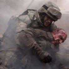 Ralph Fiennes col volto ricoperto di sangue nel film Coriolanus