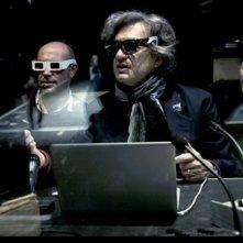 Wim Wenders accanto al supervisor 3D Francois Garnier sul set di 'Pina'