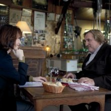 Gérard Depardieu e Nathalie Baye in Small World