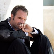 Jean Dujardin, protagonista di Un balcon sur la mer