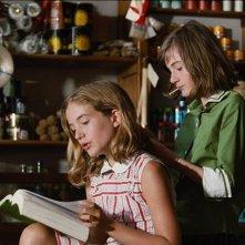 La piccola Solène Forveille nel film Un balcon sur la mer