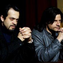 Andrea Sartoretti (Bufalo) con Mauro Meconi (Fierolocchio) nell'ultimo episodio di Romanzo Criminale 2
