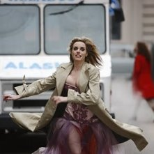 Carolina Bang in una scena del film Balada triste de trompeta
