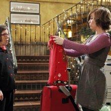 Hetty (Linda Hunt) e Nell Jones (Renée Felice Smith) nell'episodio Disorder di NCIS: Los Angeles