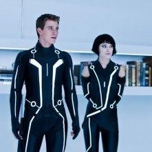 Garrett Hedlund e Olivia Wilde in una scena del film Tron Legacy