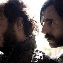 Vincent Perez e Santi Millán in una scena di Bruc: El Desafío