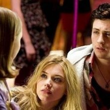 Aaron Johnson con Imogen Poots e Matthew Beard in Chatroom