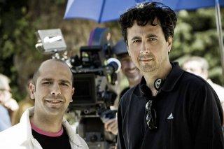 Checco Zalone con il regista Gennaro Nunziante sul set di Che bella giornata