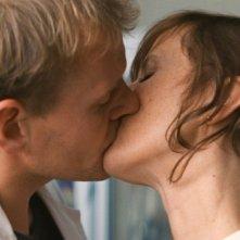 Devid Striesow e Sophie Rois nel film Drei