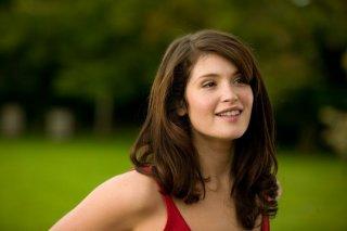 Una sexy Gemma Arterton per il film Tamara Drewe