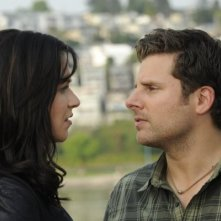 Franka Potente e James Roday nell'episodio One, Maybe Two, Ways Out di Psych