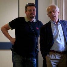 Emanuele Nespeca sul set di Notizie dagli scavi insieme al regista Emidio Greco