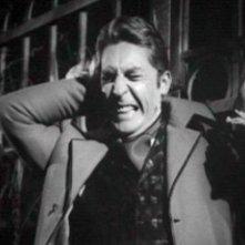 Georges Rivière in una scena del film Danza Macabra