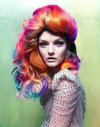 Un colorato ritratto di Lydia Hearst