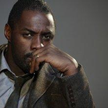 Idris Elba nella serie Luther