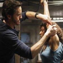 Rekha Sharma e Charles Mesure nell'episodio Laid Bare di V