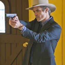 Timothy Olyphant nell'episodio Fixer di Justified