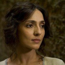 Un primo piano di Ambra Angiolini nella miniserie Eroi per caso