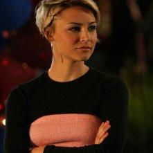 Anna (Samaire Armstrong) in una scena dell'episodio I sentimenti di The O.C.