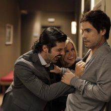 Miguel Ángel Muñoz con Unax Ugalde in una scena del film No controles