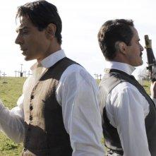 Giuseppe Zeno e Giovanni Guidelli in una scena della serie Rossella