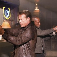 Mark Valley e Lennie James nell'episodio The Return of Baptiste di Human Target