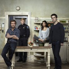 Sam Huntington, Mark Pellegrino, Meaghan Rath e Sam Witwer in una foto promozionale di Being Human