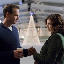 Jeanne Tripplehorn e Bill Paxton in una scena della stagione 5 di Big Love