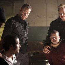 Seamus Dever, Max Martini e Jon Huertas nell'episodio Knockdown di Castle