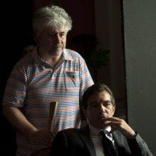 Antonio Banderas e Pedro Almodovar sul set di La Piel que Habito