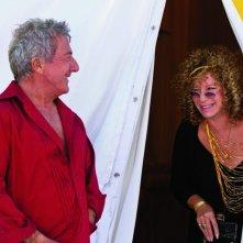 Dustin Hoffman e Barbra Streisand nella commedia Vi presento i nostri