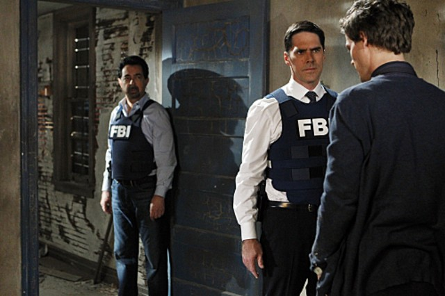 Joe Mantegna Thomas Gibson E Matthew Gray Gubler Nell Episodio Corazon Di Criminal Minds 189028