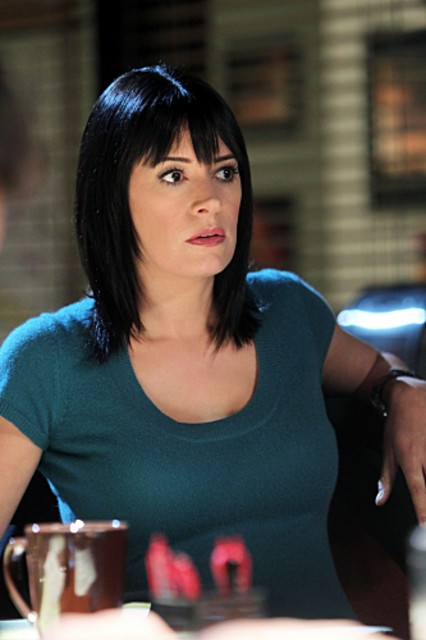 Paget Brewster Nell Episodio Devil S Night Di Criminal Minds 189049
