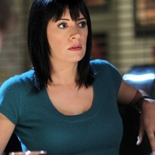 Paget Brewster nell'episodio Devil's Night di Criminal Minds