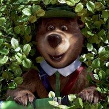 Yoghi in agguato per il bene nel film Yogi Bear 3D