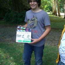 Matteo Degni sul set della serie Al di la del lago con il ciak