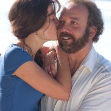 Paul Giamatti e Rosamund Pike insieme nel film Barney's Version