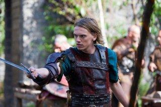 Jamie Campbell Bower nel ruolo di Artù in Camelot