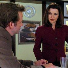Julianna Margulies e Dallas Roberts nell'episodio Breaking Fast di The Good Wife