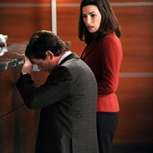 La guest star Michael J. Fox e Julianna Margulies nell'episodio Poisoned Pill di The Good Wife