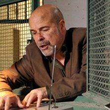 Antonio Resines in una sequenza del film La daga de Rasputín