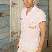 Enrique Murciano in una foto promozionale della serie Off the Map