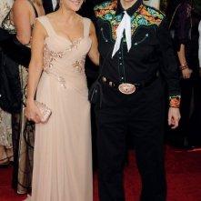 Golden Globes 2011, la produttrice Emily Gerson con Temple Grandin sul red carpet
