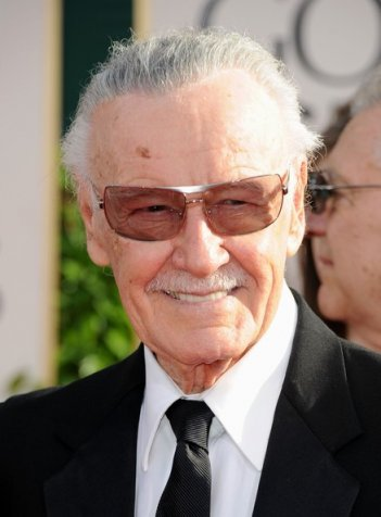 Golden Globes 2011, Stan Lee su tappeto rosso