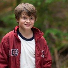 Il piccolo Charlie Tahan in una scena del film Charlie St. Cloud