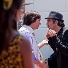 Sergio Rubini e Antonio Albanese in una scena del film Qualunquemente